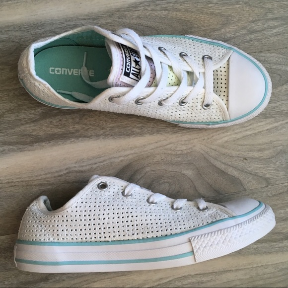 f2fd6a12fa89 Converse white aqua double tongue 6 nwt